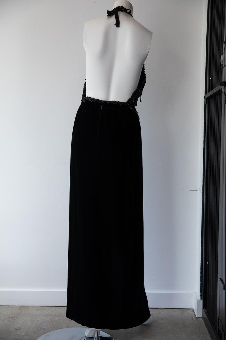 Black Vintage Oscar De La Renta Beaded Velvet Gown For Sale