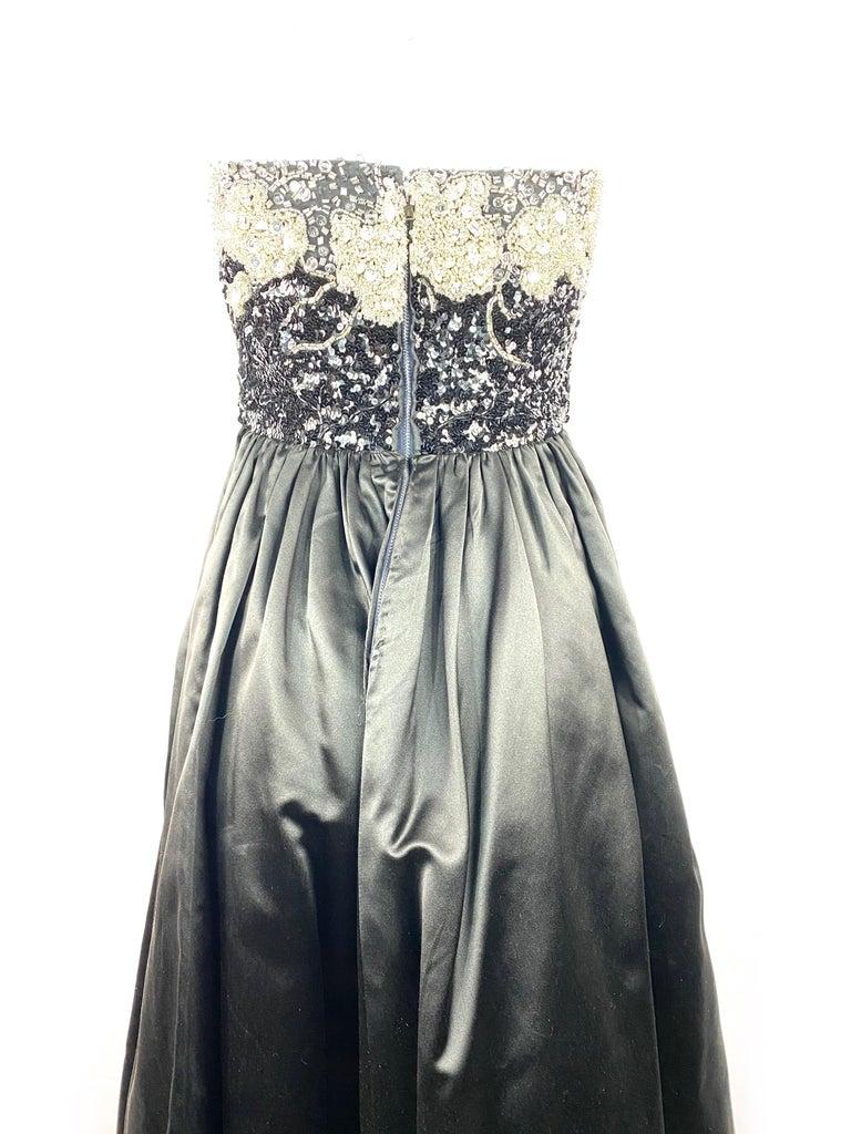 Vintage OSCAR DE LA RENTA Black Silk and Swarovski Maxi Evening Dress Gown  For Sale 6