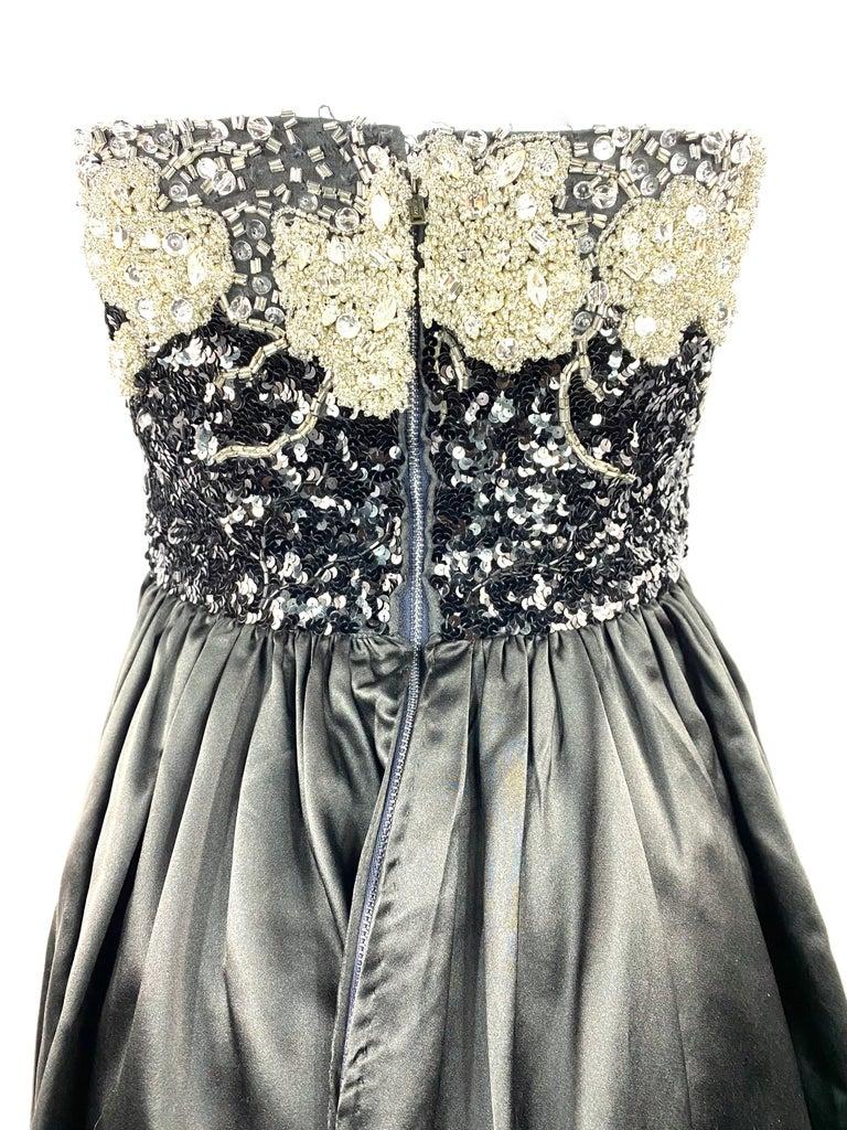 Vintage OSCAR DE LA RENTA Black Silk and Swarovski Maxi Evening Dress Gown  For Sale 7