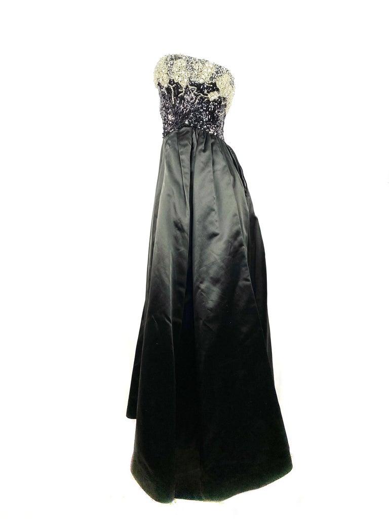 Vintage OSCAR DE LA RENTA Black Silk and Swarovski Maxi Evening Dress Gown  For Sale 3