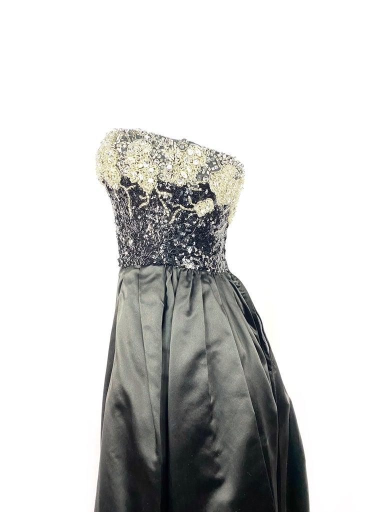 Vintage OSCAR DE LA RENTA Black Silk and Swarovski Maxi Evening Dress Gown  For Sale 4