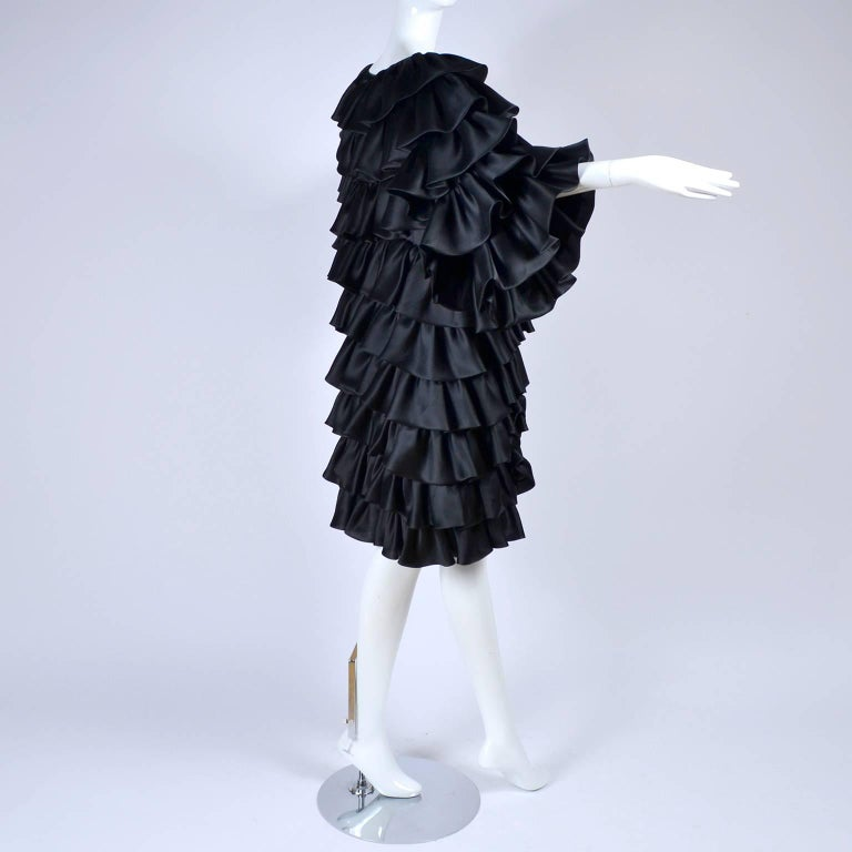 Women's Vintage Oscar de la Renta Silk Evening Coat with Black Ruffles Lined in Organza For Sale