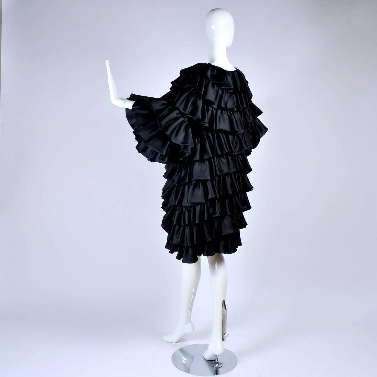 Vintage Oscar de la Renta Silk Evening Coat with Black Ruffles Lined in Organza For Sale 1