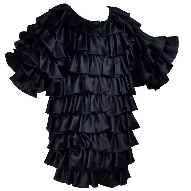 Vintage Oscar de la Renta Silk Evening Coat with Black Ruffles Lined in Organza For Sale