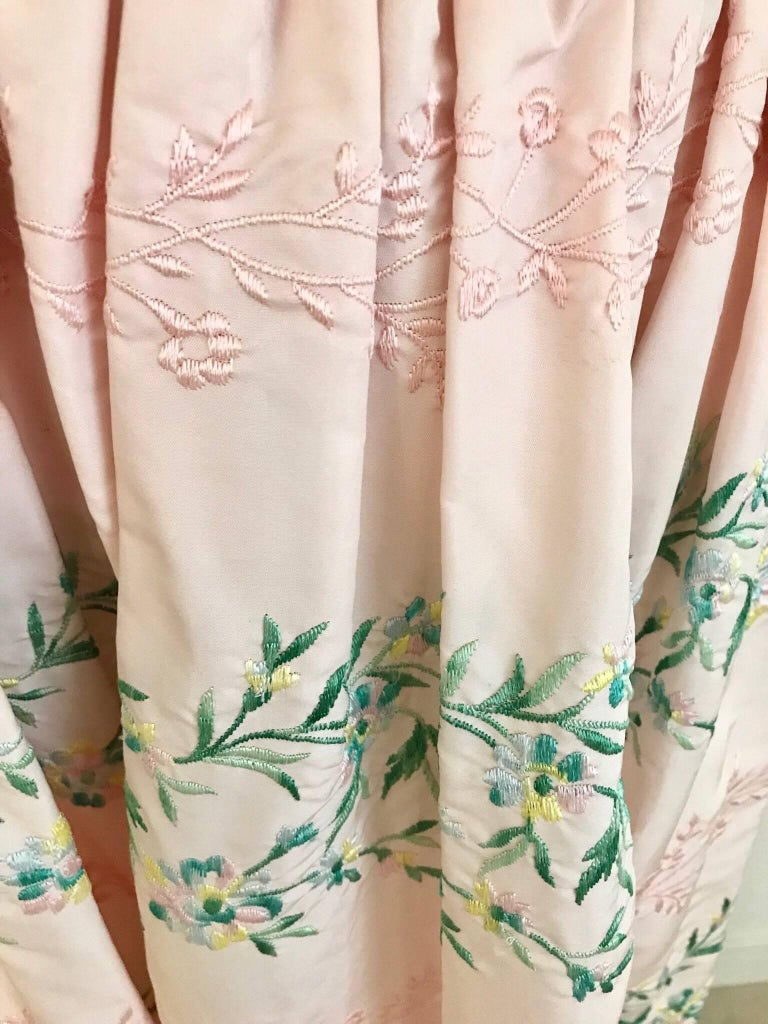 Vintage Oscar De La Renta Light Pink Blouse and Embroidered Maxi Skirt  For Sale 4