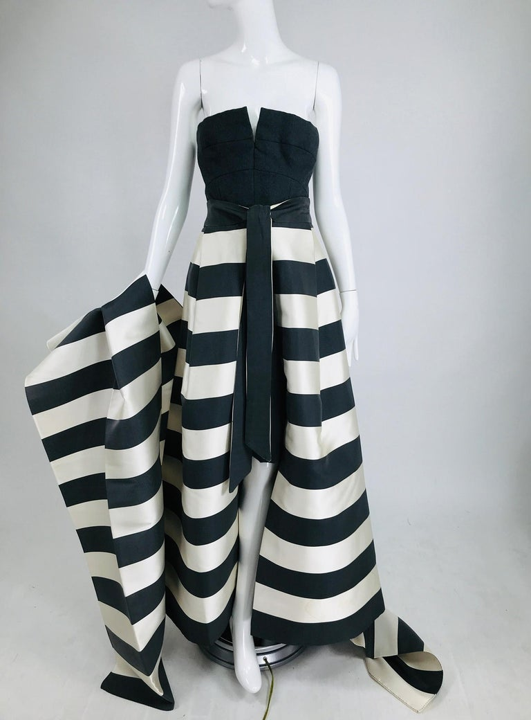Vintage Oscar de la Renta black and white silk diagonal stripe, open front evening skirt, matching shawl and strapless dress. This amazing set is from the early 1990s. The skirt has a wide band waist with self ties at the front, there is an interior