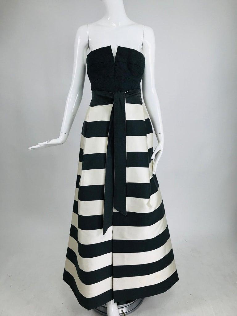 Vintage Oscar de la Renta Silk Stripe Open Front Skirt Shawl and Dress In Good Condition For Sale In West Palm Beach, FL