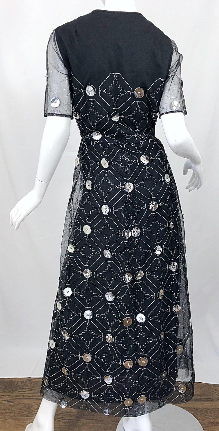 Vintage Oscar de la Renta Sz 10 1970s Black Tulle + Silver Pailletes 70s Gown For Sale 7