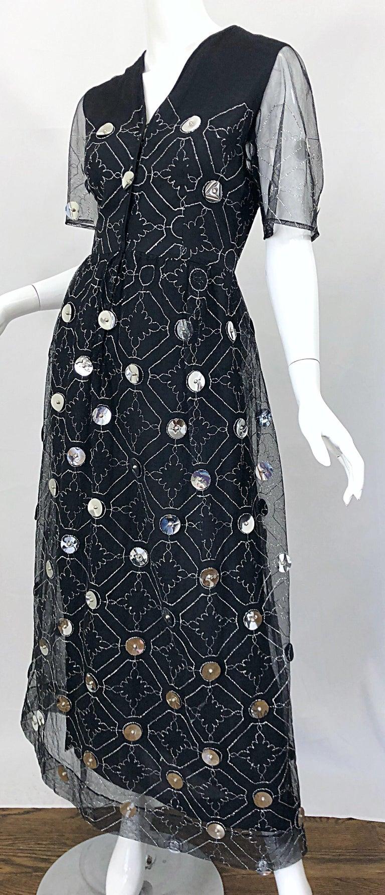 Women's Vintage Oscar de la Renta Sz 10 1970s Black Tulle + Silver Pailletes 70s Gown For Sale