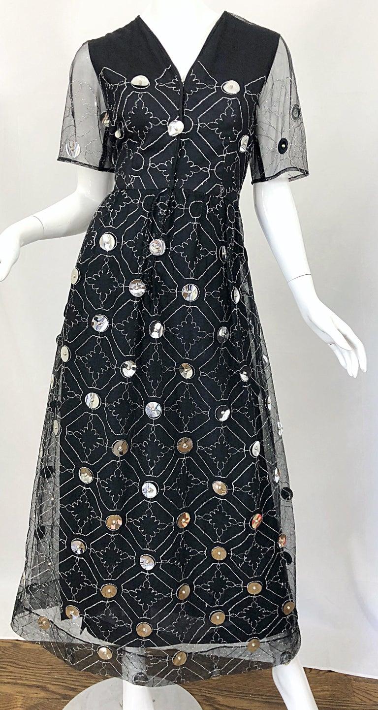 Vintage Oscar de la Renta Sz 10 1970s Black Tulle + Silver Pailletes 70s Gown For Sale 3