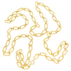 Vintage Oval Link Chain Necklace Set in 9 Karat Yellow Gold