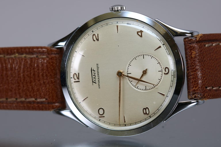 Vintage Oversized Stainless Steel Tissot Antimag Ref 6721-4 Wristwatch, 1950 In Good Condition For Sale In Miami Beach, FL