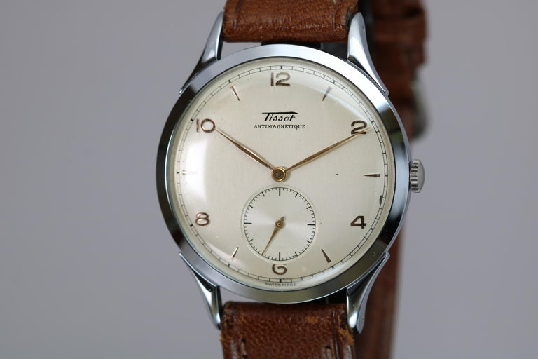 Vintage Oversized Stainless Steel Tissot Antimag Ref 6721-4 Wristwatch, 1950 For Sale 2