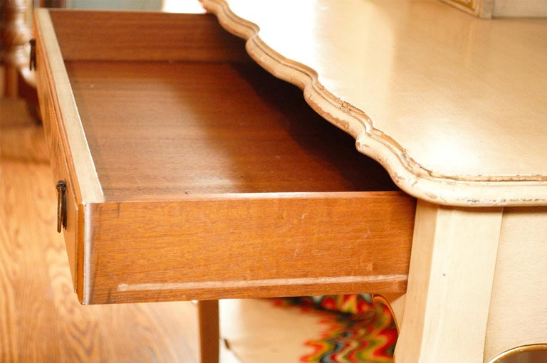 Vintage Painted Writing Desk In Good Condition In Livingston, NJ