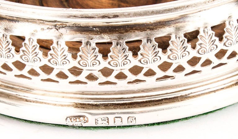 Late 20th Century Vintage Pair of Circular Sterling Silver Coasters, London, 20th Century For Sale