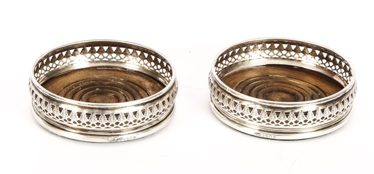 Vintage Pair of Circular Sterling Silver Coasters, London, 20th Century For Sale 4