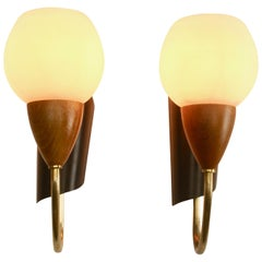 Vintage Pair of 1 Arms Wall Mount Lamps in the Style of Stilnovo, Italian, 1960s