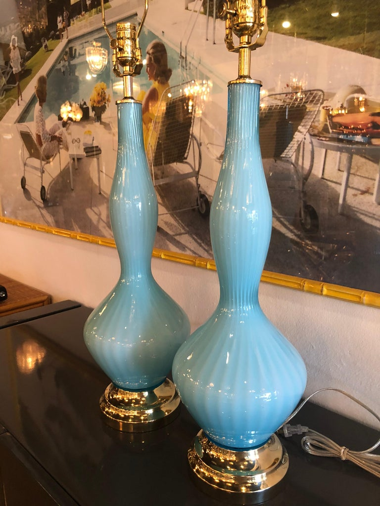 Vintage Pair of Aqua Blue Murano Glass Table Lamps Brass and Lucite For Sale 5