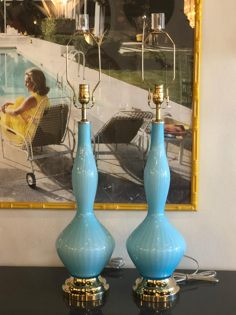 Late 20th Century Vintage Pair of Aqua Blue Murano Glass Table Lamps Brass and Lucite For Sale