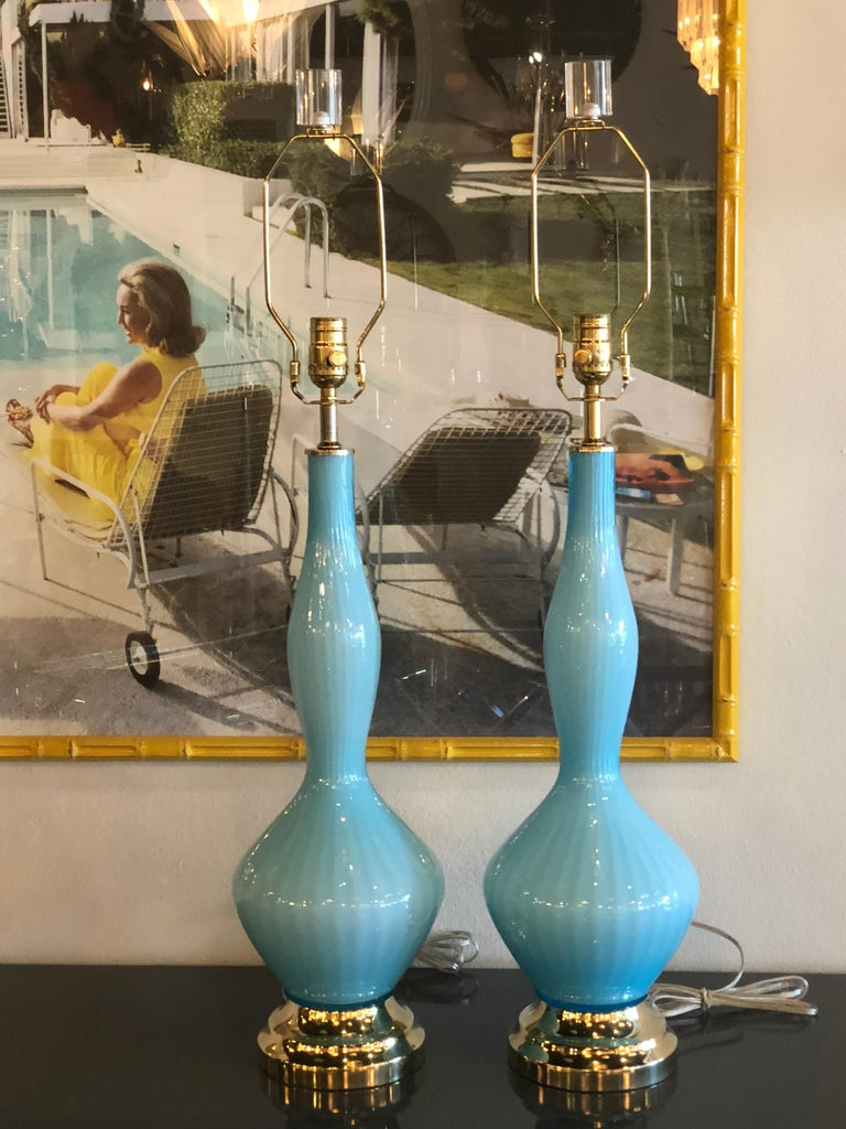 Vintage Pair of Aqua Blue Murano Glass Table Lamps Brass and Lucite For Sale 1