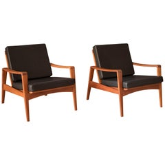 Vintage Pair of Danish Komfort Teak Lounge Chairs by Arne Wahl Iversen