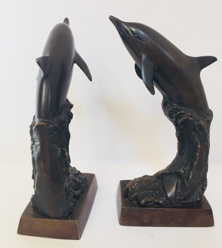 Vintage Pair of Dolphins Bronze Bookends In Good Condition For Sale In Los Angeles, CA
