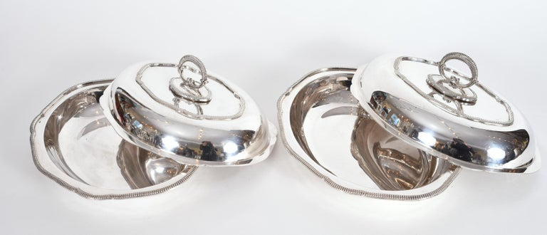 Vintage Pair of English Silver Plated Tableware Dishes or Server For Sale 2