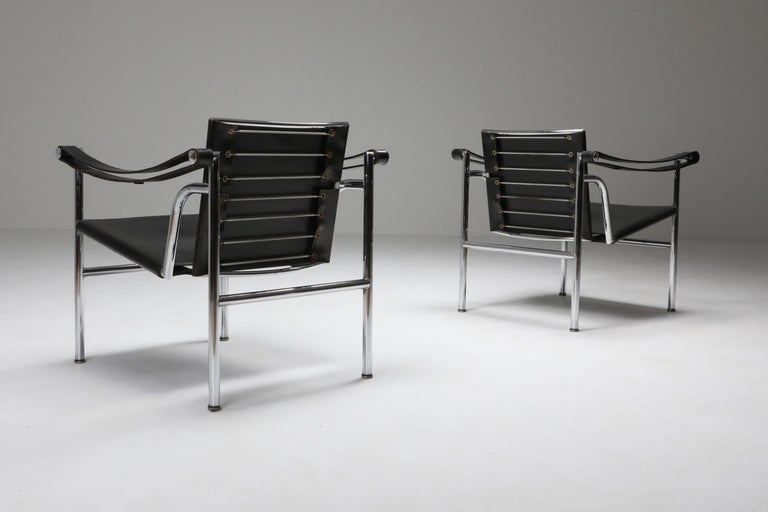 Mid-Century Modern Vintage Pair of LC2 Le Corbusier, Pierre Jeanneret, Charlotte Perriand