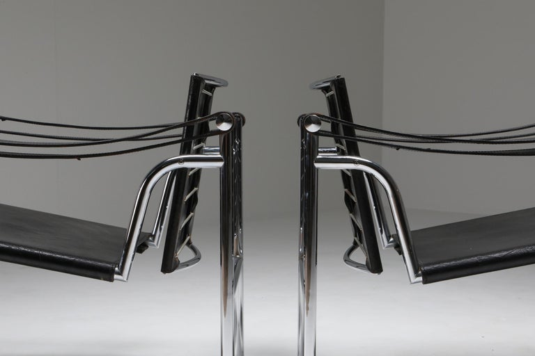 Mid-20th Century Vintage Pair of LC2 Le Corbusier, Pierre Jeanneret, Charlotte Perriand