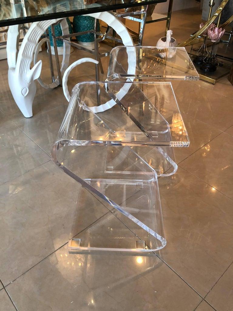 Hollywood Regency Vintage Pair of Lucite Z End Side Tables For Sale