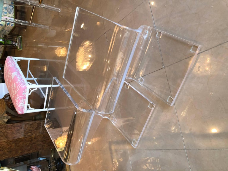 American Vintage Pair of Lucite Z End Side Tables For Sale