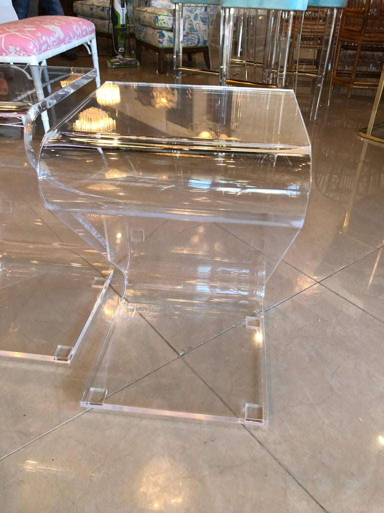 Late 20th Century Vintage Pair of Lucite Z End Side Tables For Sale