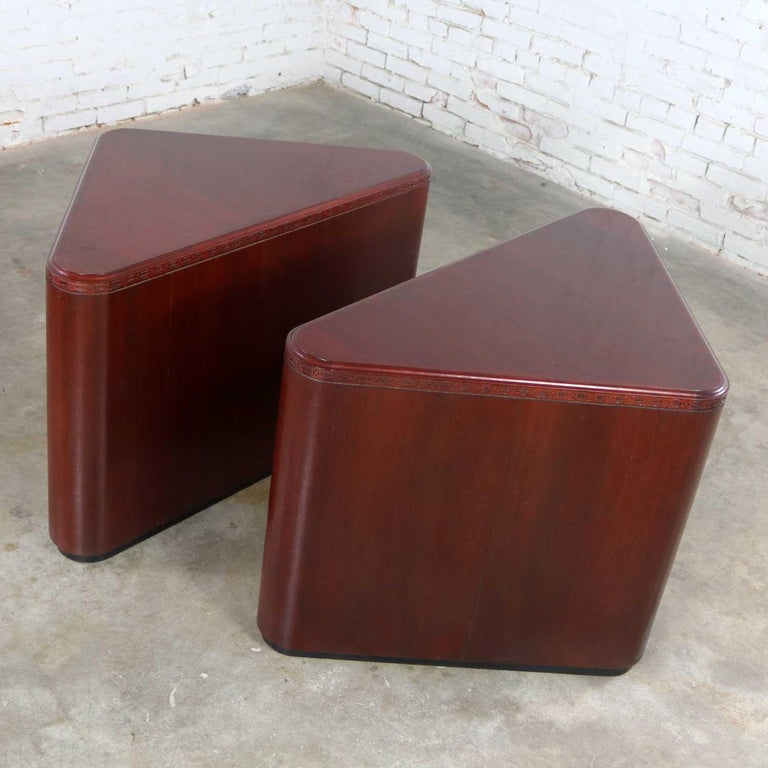 Vintage Pair of Mahogany Triangular End Tables or Pedestals For Sale 6