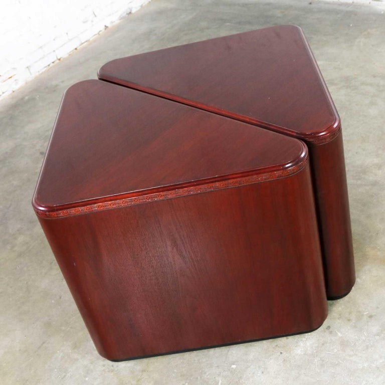 Vintage Pair of Mahogany Triangular End Tables or Pedestals For Sale 2