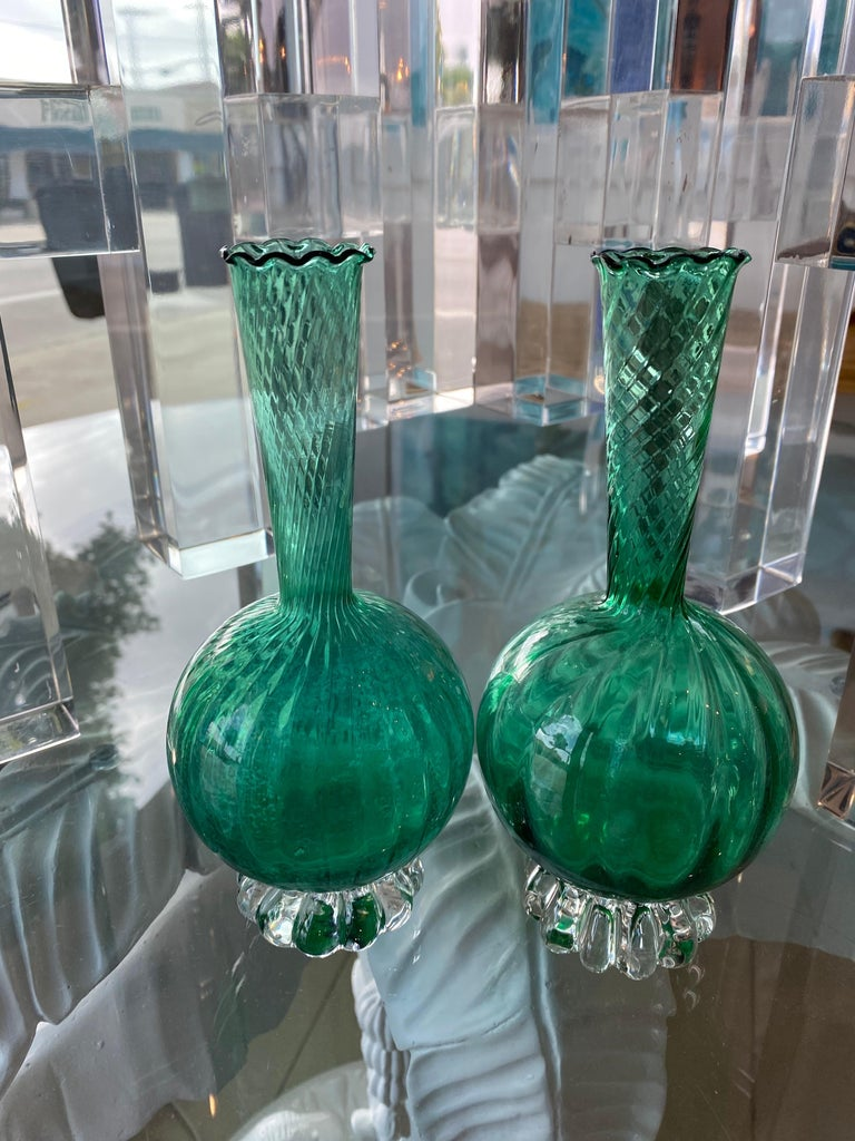 Mid-20th Century Vintage Pair of Murano Glass Emerald Green Bud Vases For Sale