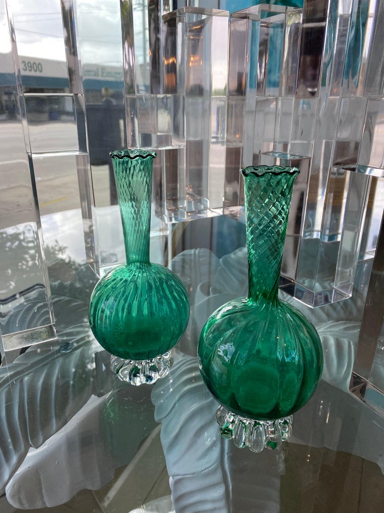 Vintage Pair of Murano Glass Emerald Green Bud Vases For Sale 3