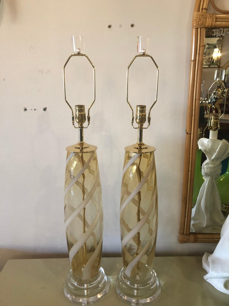 Vintage Pair of Murano Glass Table Lamps Amber Yellow Lucite Brass For Sale 6