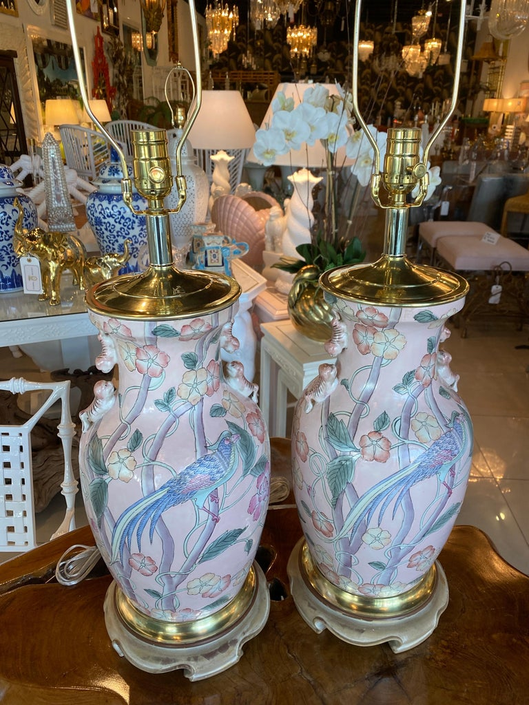 Vintage Pair of Pale Pink Bird Floral Chinoiserie Ginger Jar Table Lamps For Sale 6