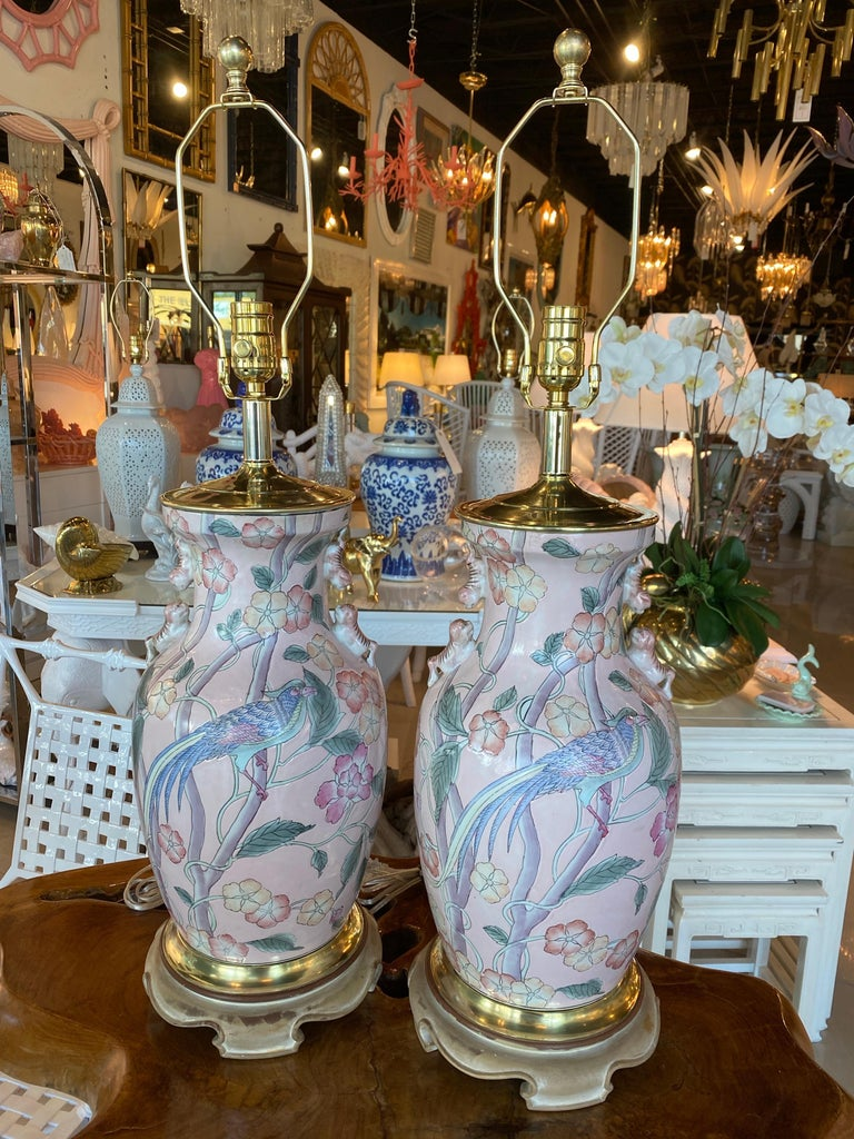 Vintage Pair of Pale Pink Bird Floral Chinoiserie Ginger Jar Table Lamps For Sale 7