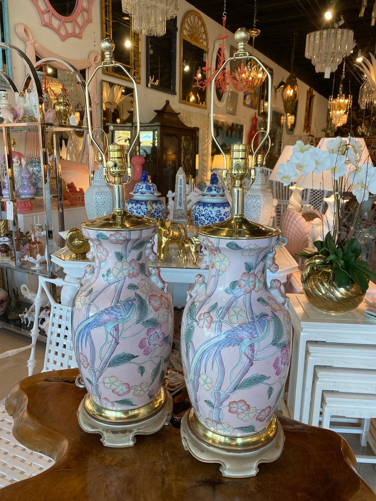 Vintage Pair of Pale Pink Bird Floral Chinoiserie Ginger Jar Table Lamps For Sale 8