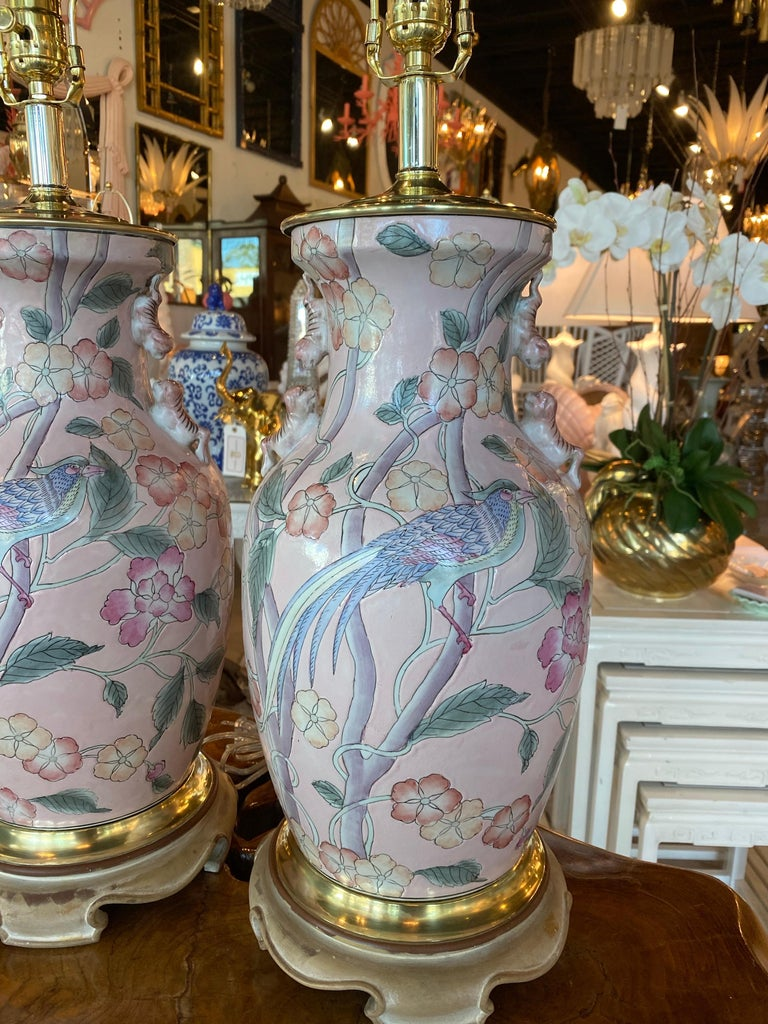 Vintage Pair of Pale Pink Bird Floral Chinoiserie Ginger Jar Table Lamps For Sale 9