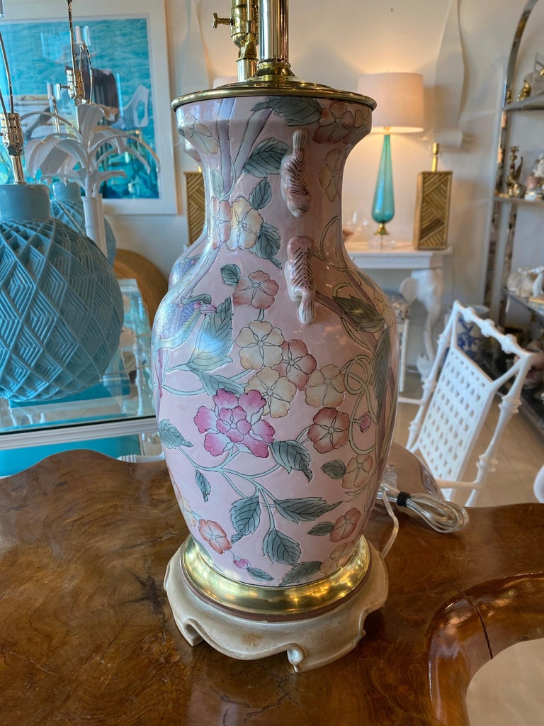 Vintage Pair of Pale Pink Bird Floral Chinoiserie Ginger Jar Table Lamps For Sale 2