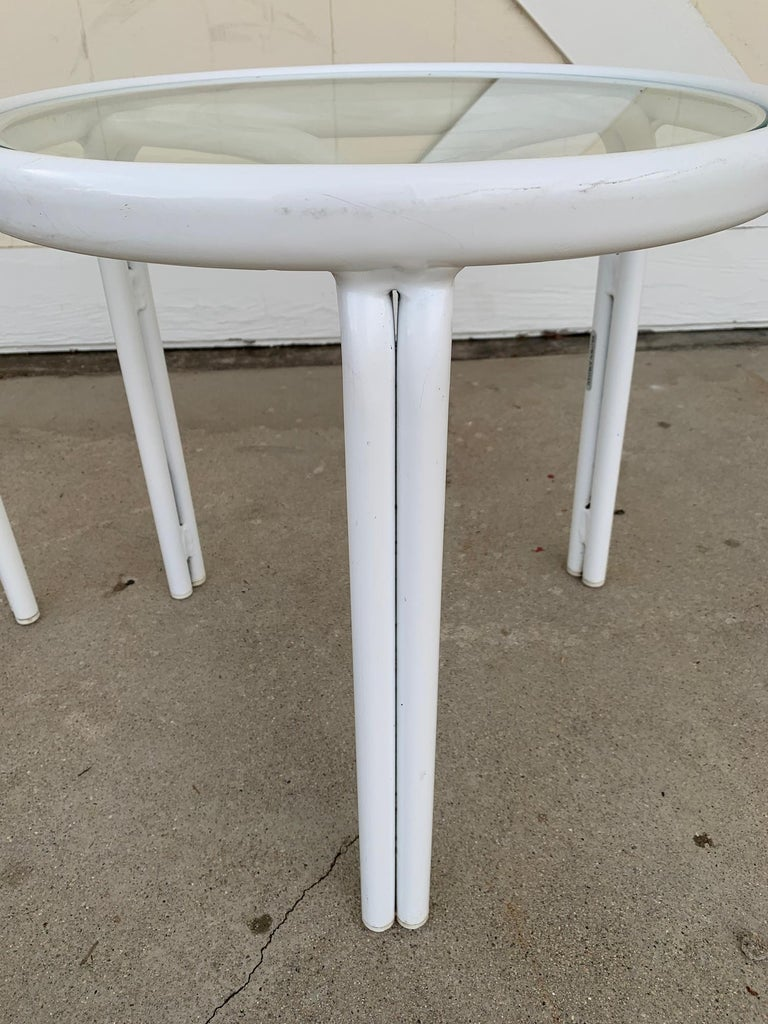 Vintage Pair of Tamiami Side Tables in White Metal and Glass Tops For Sale 3