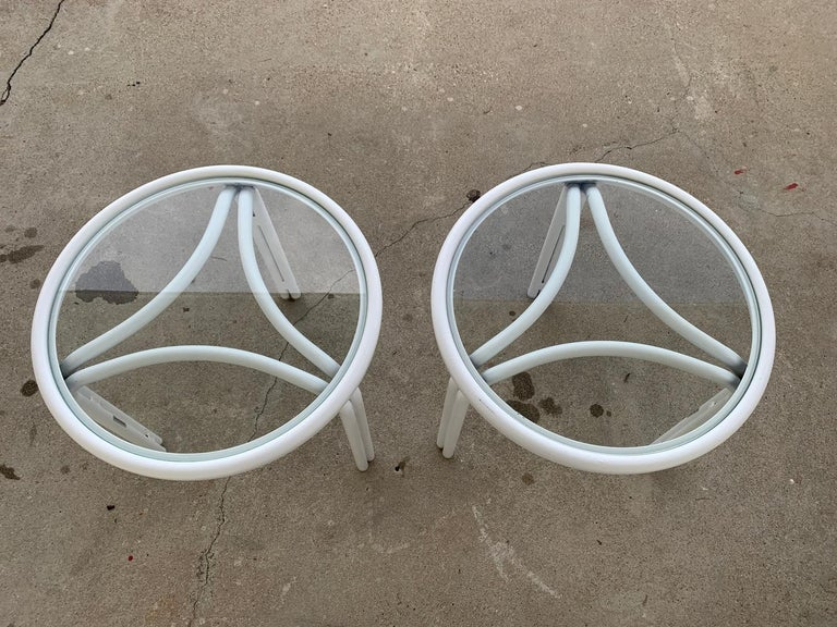 Powder-Coated Vintage Pair of Tamiami Side Tables in White Metal and Glass Tops For Sale