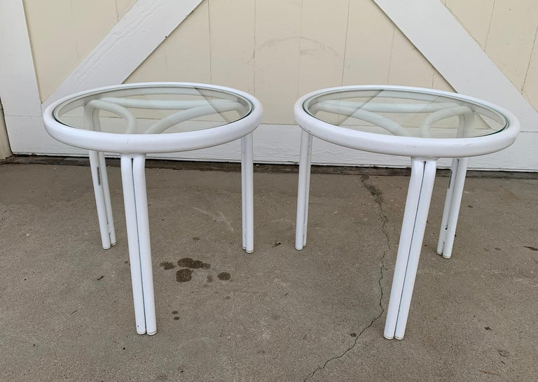 Vintage Pair of Tamiami Side Tables in White Metal and Glass Tops In Good Condition For Sale In Los Angeles, CA