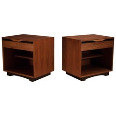 Vintage Pair of Walnut Glenn of California Nightstands