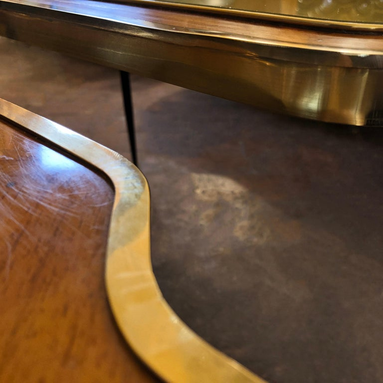 Vintage Pair of Wood, Brass and Black & Gold Striped Murano Glass Coffee Tables In Good Condition For Sale In Firenze, Tuscany