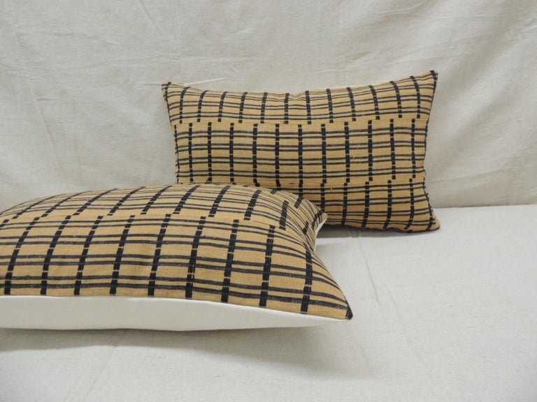 Hand-Crafted Vintage Pair of Yellow and Dark Blue African Stripweaves Decorative Pillows For Sale