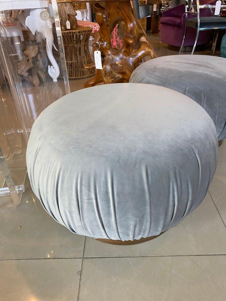 Pair of Swivel Pouffe Poufs Ottomans Benches Stools Grey Velvet Walnut Base For Sale 3