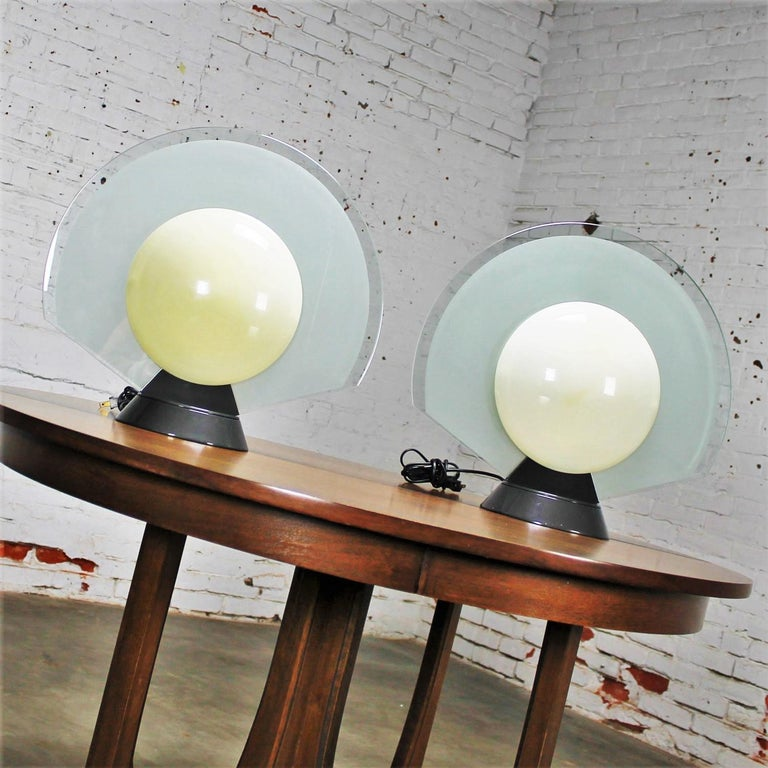 Vintage Pair Tikal 1555 Table Lamps by Pier Giuseppe Ramella for Flos-Arteluce  For Sale 1